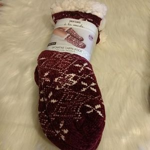 🆕🎀❤️ FINAL PRICE ❤️Mukluks 2 Pair Cabin Socks